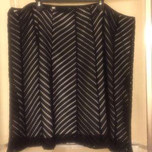 24w knee length skirt. 2 layers